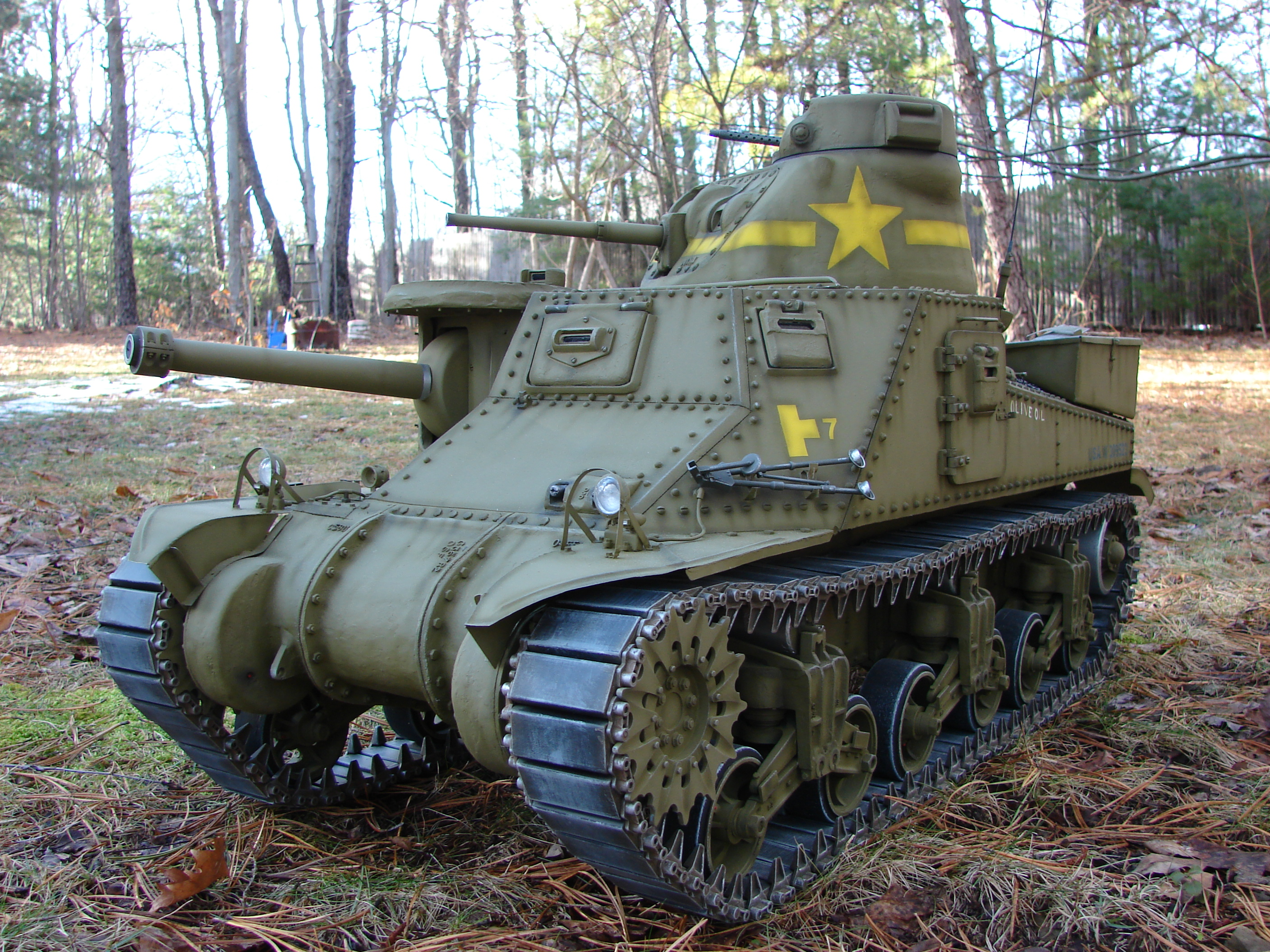 """1/6th scale M3 Lee Tank """"Olive Oil"""""""
